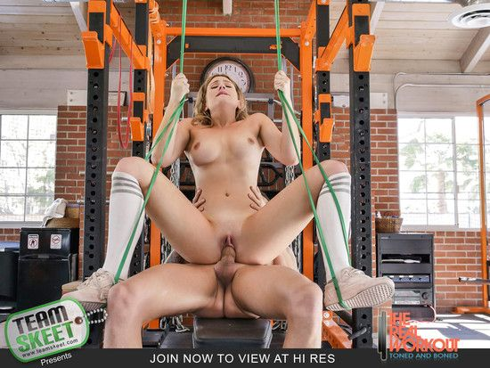 [TheRealWorkout] Serena Avery – (Cooling Off With A Cum Facial)