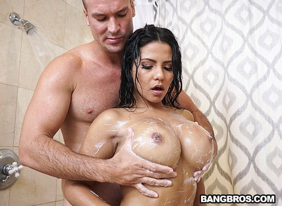 Lonzo recommend best of monroe big latinas ass rose