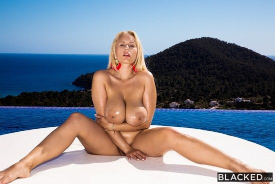 [Blacked] Angel Wicky – Hot Wife Vacation 2